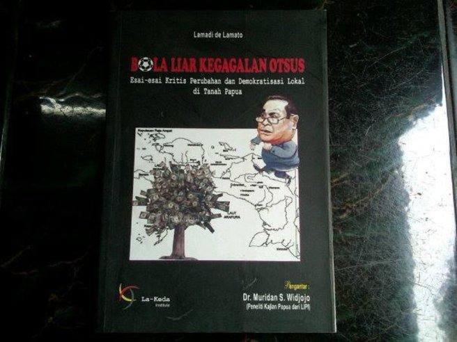 Buku Bola Liar Lamadi